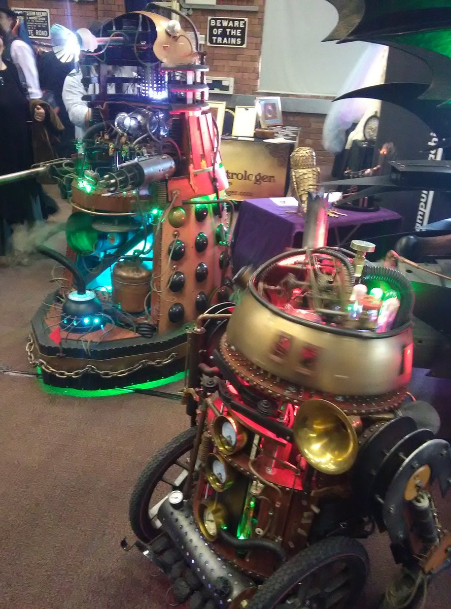 #Steampunk Awesome of the Day: #Dalek #DoctorWho & #R2D2 #StarWars at @Steam_Museum via @Identatron #SamaGeek