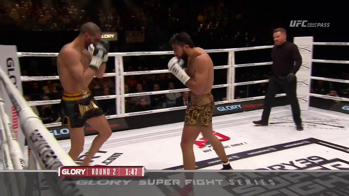 Grigorian scores the knockdown in the second round! #GLORY39 #UFCFIGHT...