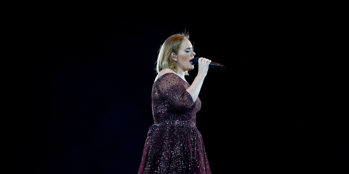 Adele sings tribute to victims of London terror like only Adele can huff.to/2nlFEEh