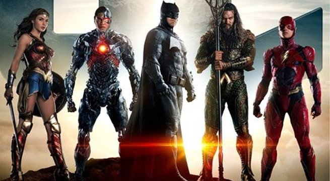 Zack Snyder explain each hero's role in #JusticeLeague https://t.co/pE...