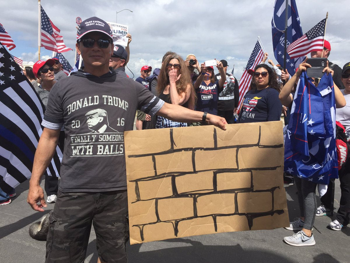 #MAGAMARCH Bolsa Chica - #Fakenews is already lying about this March of over 2K Trumpers!