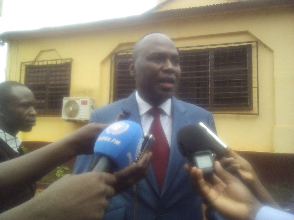 #Centrafrique: Les #Etats Unis promettent 8000000$D pour l&#39;équipement des #Forces Armées Centrafricaines. <br>http://pic.twitter.com/ezBcAVnBDe