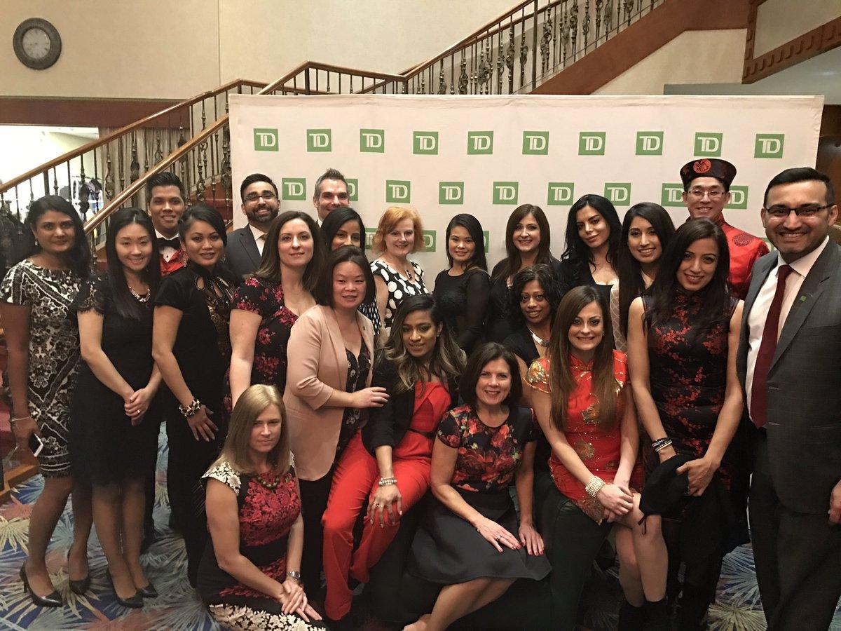 #Celebrating @TD_Canada #Lunar #Newyear Gala with team @lisadriscoll29 @KatyKaposi @azabradi @aurorachan_TD #BSSDiversity<br>http://pic.twitter.com/ZviQYLvBBd