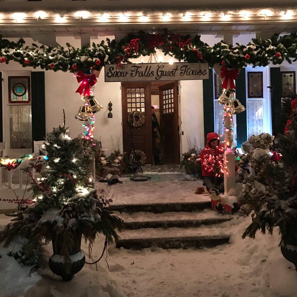 Christmas Inheritance 2.Eliza Taylor Daily Fan Account On Twitter Eliza S
