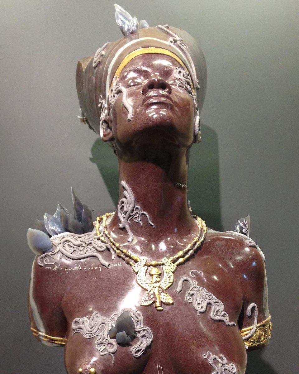 Pop Crave On Twitter Wow Sculptor Damien Hirst Created A Statue