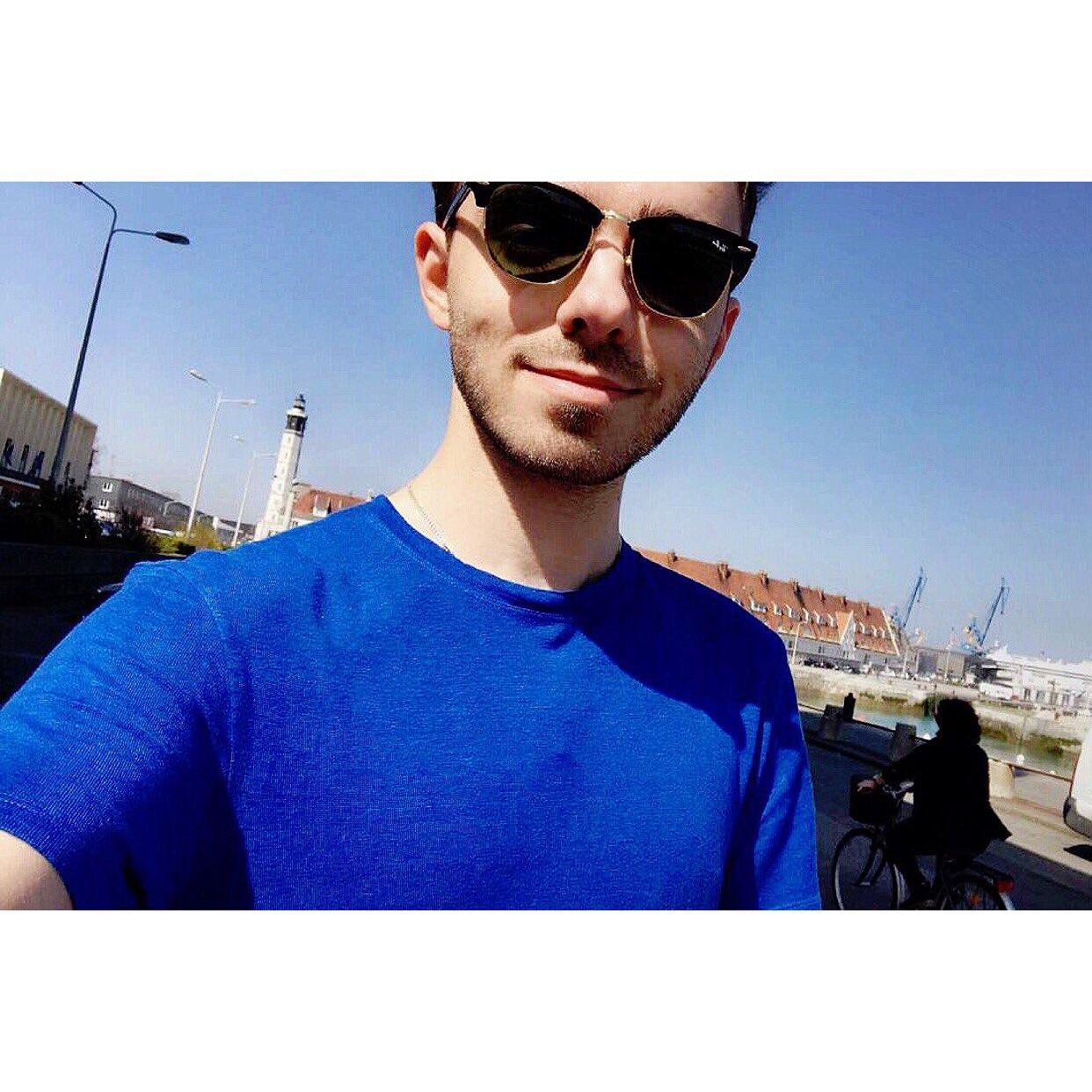 Me ft someone on a bike https://t.co/UK8SSqmnHB https://t.co/GSObKJRPfL