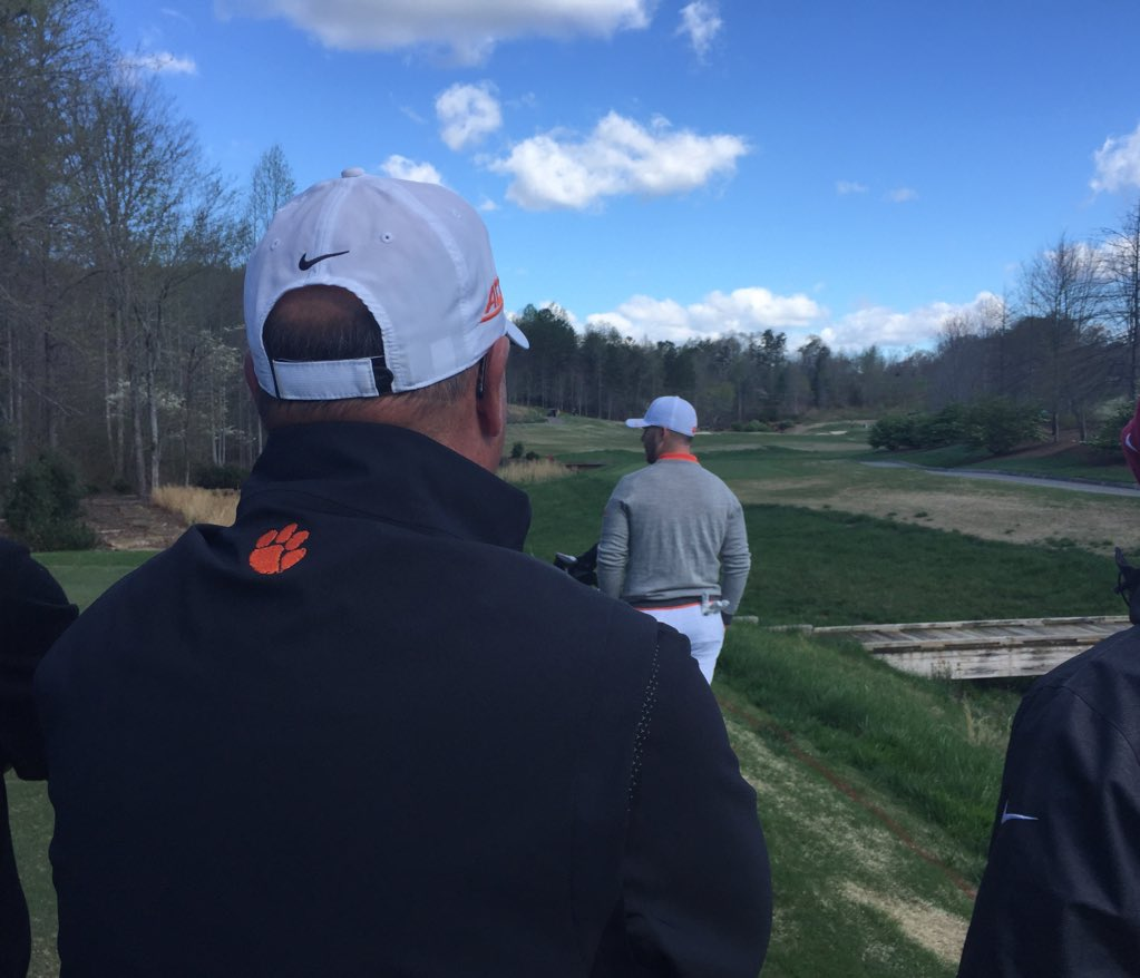 Coach Penley looks on as Austin Langdale gets his round started...  #ClemsonInvitational https://t.co/egiQEIcPU1