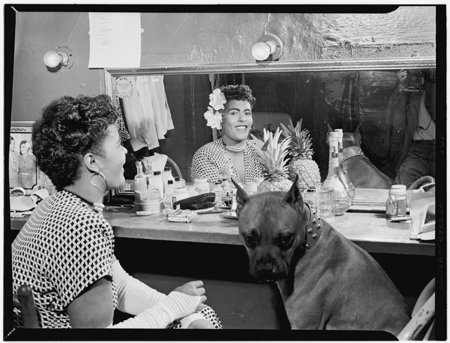 Today in History: Billie Holiday - #primarysources really swing! https://t.co/5n3gTyTfM1 #tlchat #sschat #engchat #musiced #artsed #edchat https://t.co/JdAPwGPXHO