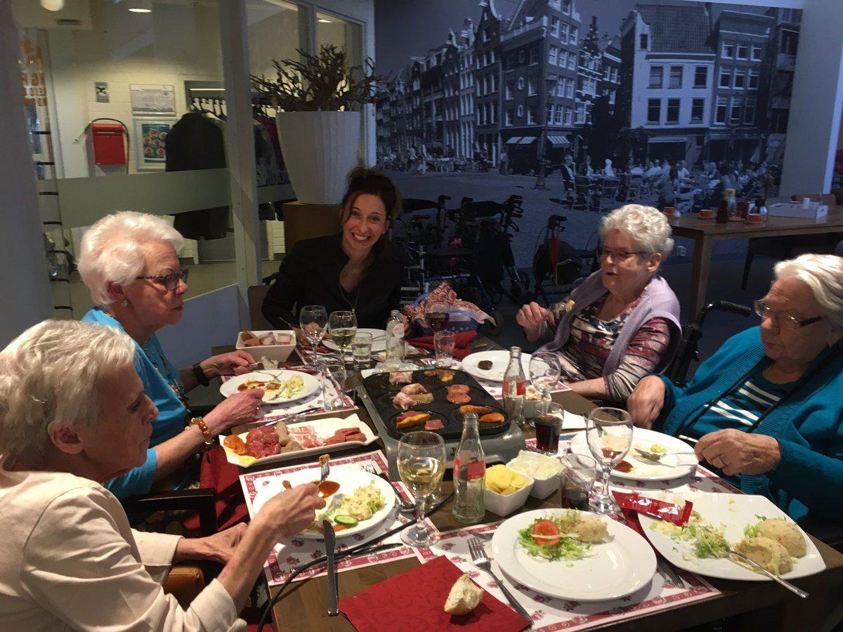 Gourmetten is een Frans woord, maar het is echt een Nederlandse bezigheid
