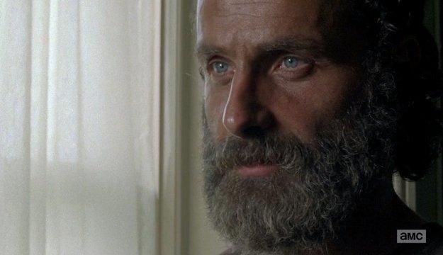 Andrew Lincoln - Rick Grimes - Página 2 C81Q7R3VYAEFhG7