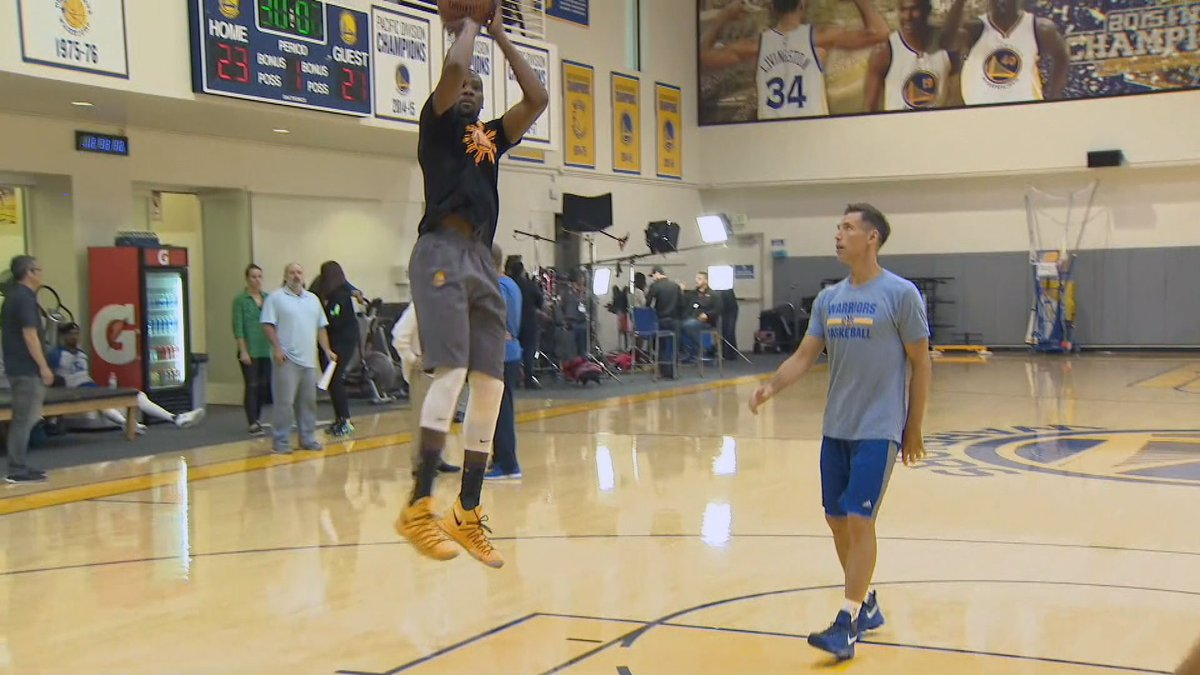 Nash獲全隊上下認可   KD:我們稱他為尤達大師(影)-黑特籃球-NBA新聞影音圖片分享社區
