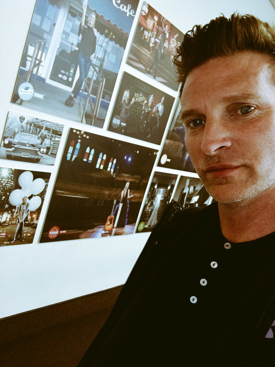 Steve burton on twitter at my home away from nashville airport steve burton on twitter at my home away from nashville airport on my way to boston vip meet and greet httpstlpxrtfjdoi m4hsunfo
