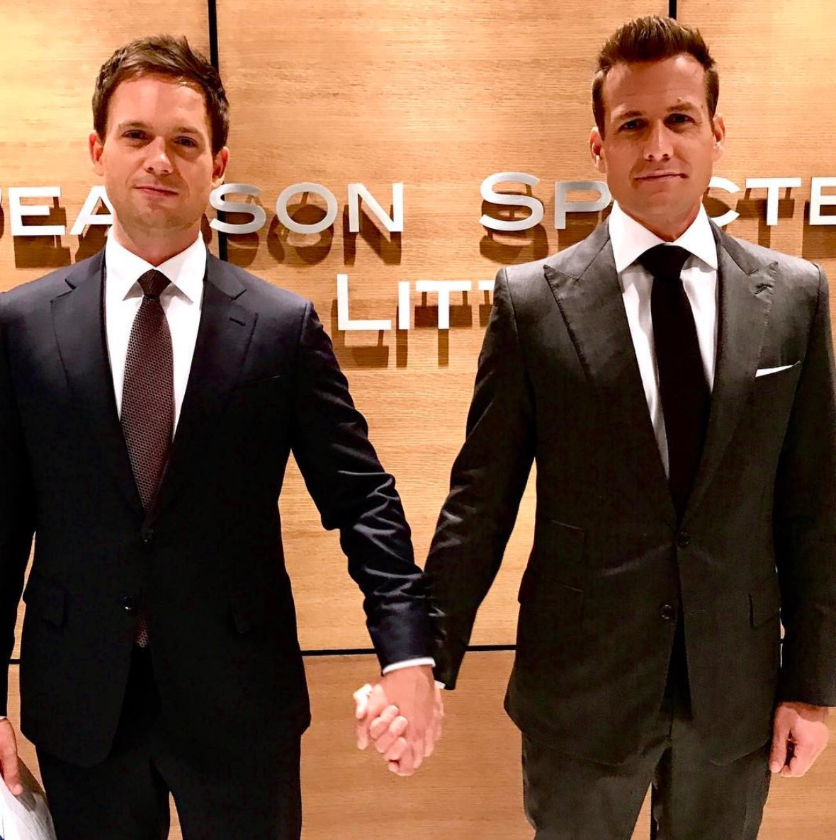 11++ Suits Harvey Specter And Mike Ross