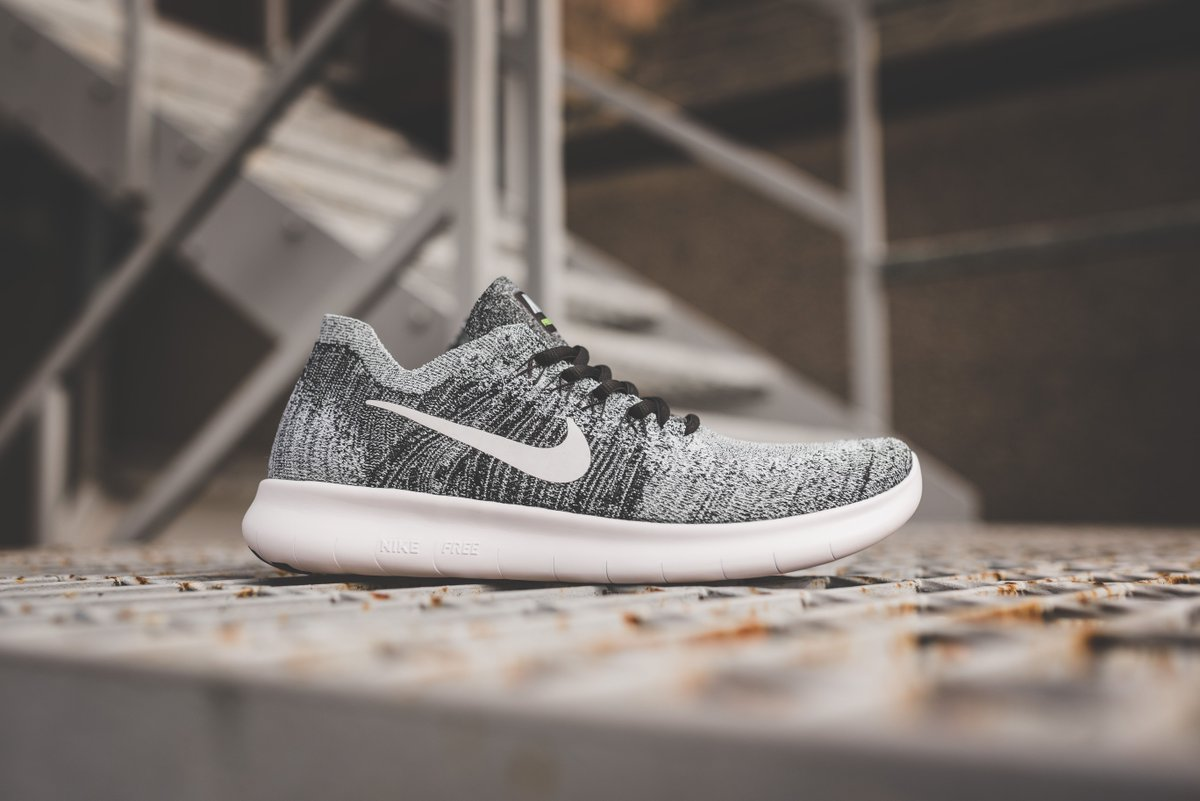"""2ece6a2ab4021 HANON ar Twitter  """"Nike Free RN Flyknit 2017 is available to buy ONLINE  now!  hanon  nike  freerunflyknit https   t.co plLefnfgvd… """""""