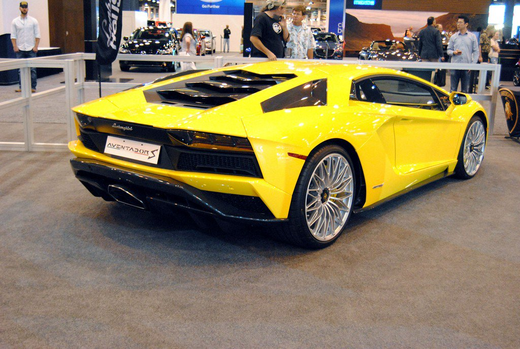 The Most Expensive Car At The 2017 Houston Auto Show Scoopnest Com