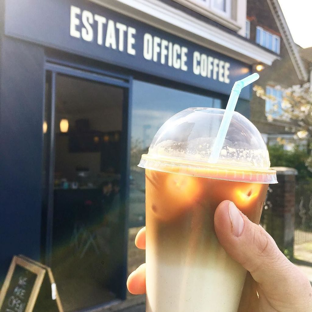 Sunshine! Iced Lattes!! Exclamation marks!!! #estateofficecoffee #londoncoffeeshops #londoncoffee #streatham #myst…  http:// ift.tt/2o96PRy  &nbsp;  <br>http://pic.twitter.com/oMbreOe4tA