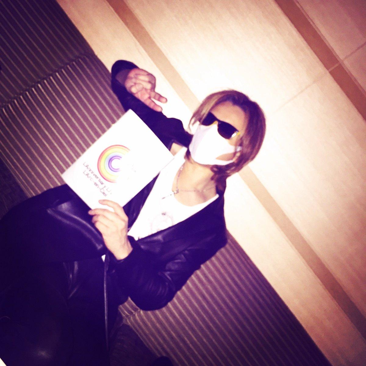 今 #東京ドーム にいます!I'm at #TokyoDome right now!  Great show! @HydeOfficial_  #larcenciel #ラルク  https://t.co/ICiDdGAlAW…