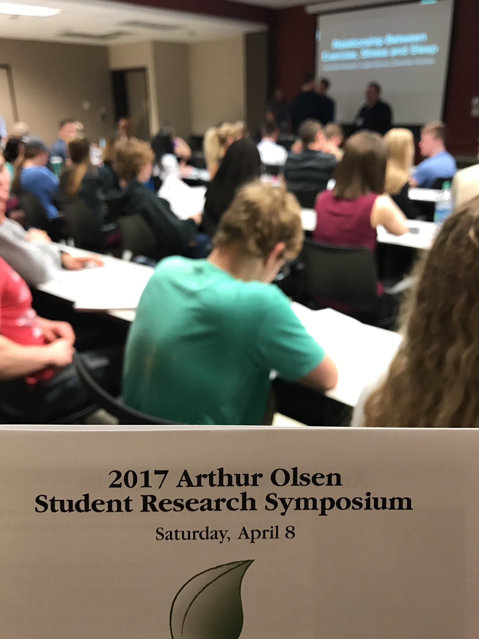 "Room 123: is packed for ""Relationship between exercise, sleep, and stress"" #augiejourno https://t.co/y5FFf8WoFx"
