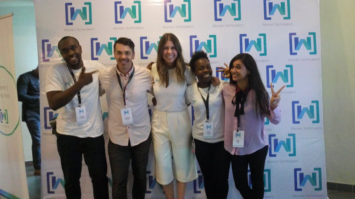 #tellingyourstory w/ @SpeechlessShow @arjita_sethi @WomenTechmakers at #wtm17 #lagos #portkey carried the day for me :)pic.twitter.com/typP37MRtH