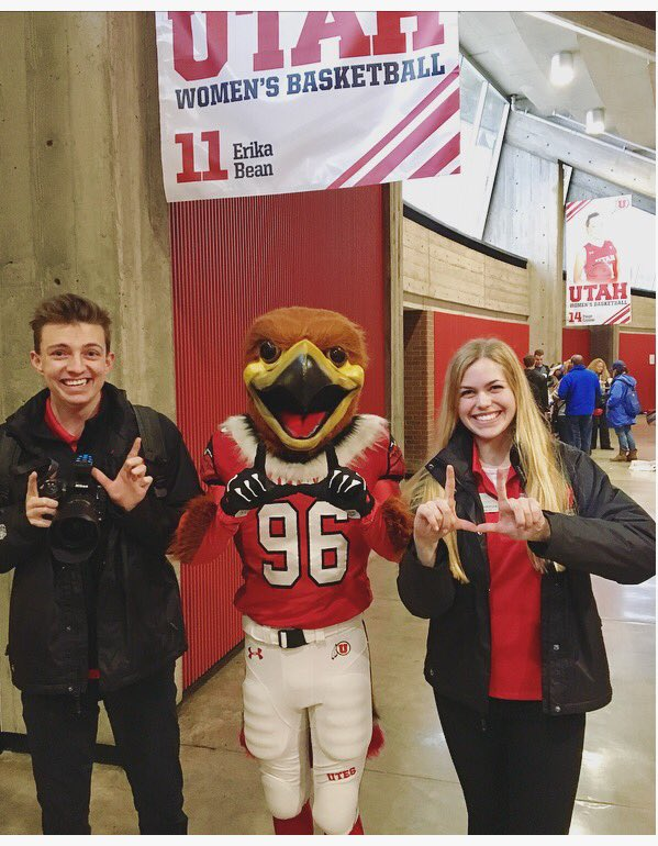 Let your inner supermodel shine Utah! Look out for Drake and Maggie, our #RWU2017 Photographers #imagineU #UofU #GoUtes https://t.co/bV3xlwH1UB