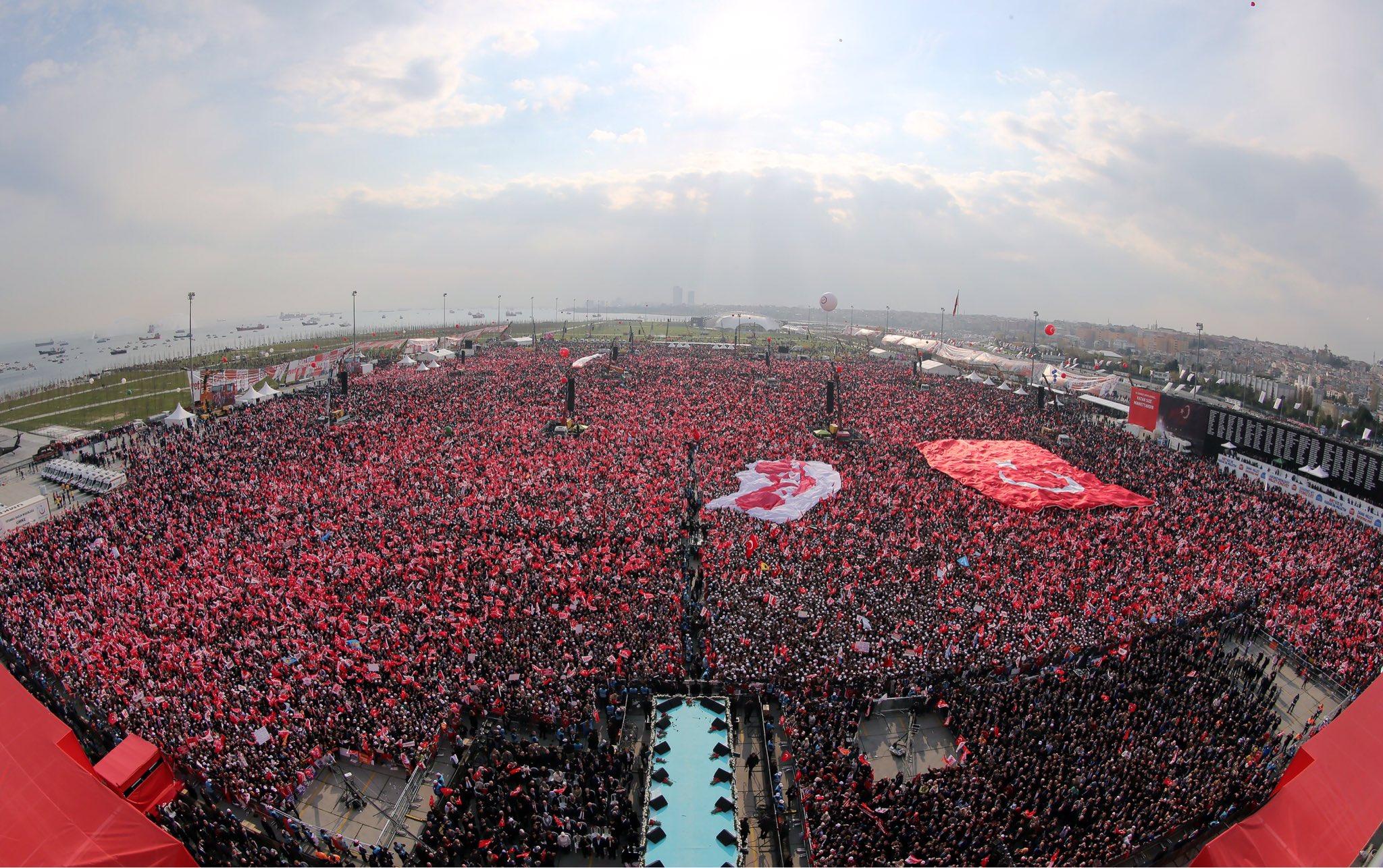 Teşekkürler İstanbul! https://t.co/J4BFHz66nI