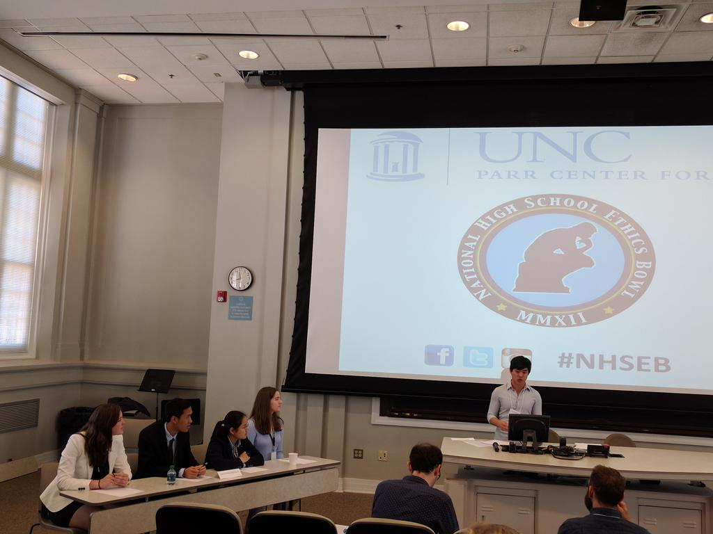 Stanford OHS ethics bowl team gearing up for round 1 of the National High School Ethics Bowl competition! #OHS #NHSEB https://t.co/R2vTRYAQA4