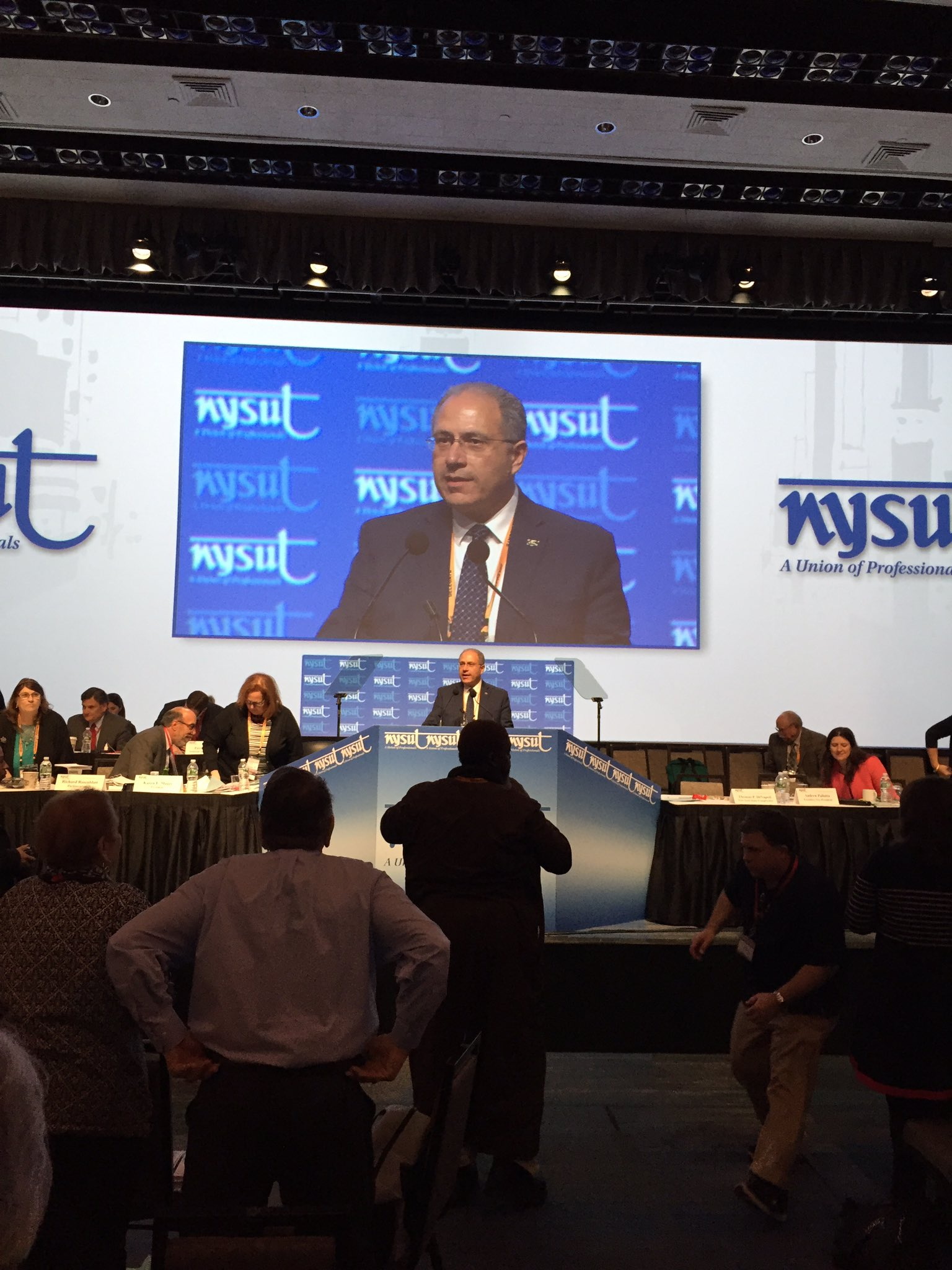 Congratulations to @AndyPallotta @giantschick89 @PaulPecorale @Philippe4VP @nysutTreasurer the new @nysut leadership team #nysutra2017 https://t.co/zvFjB21NHN