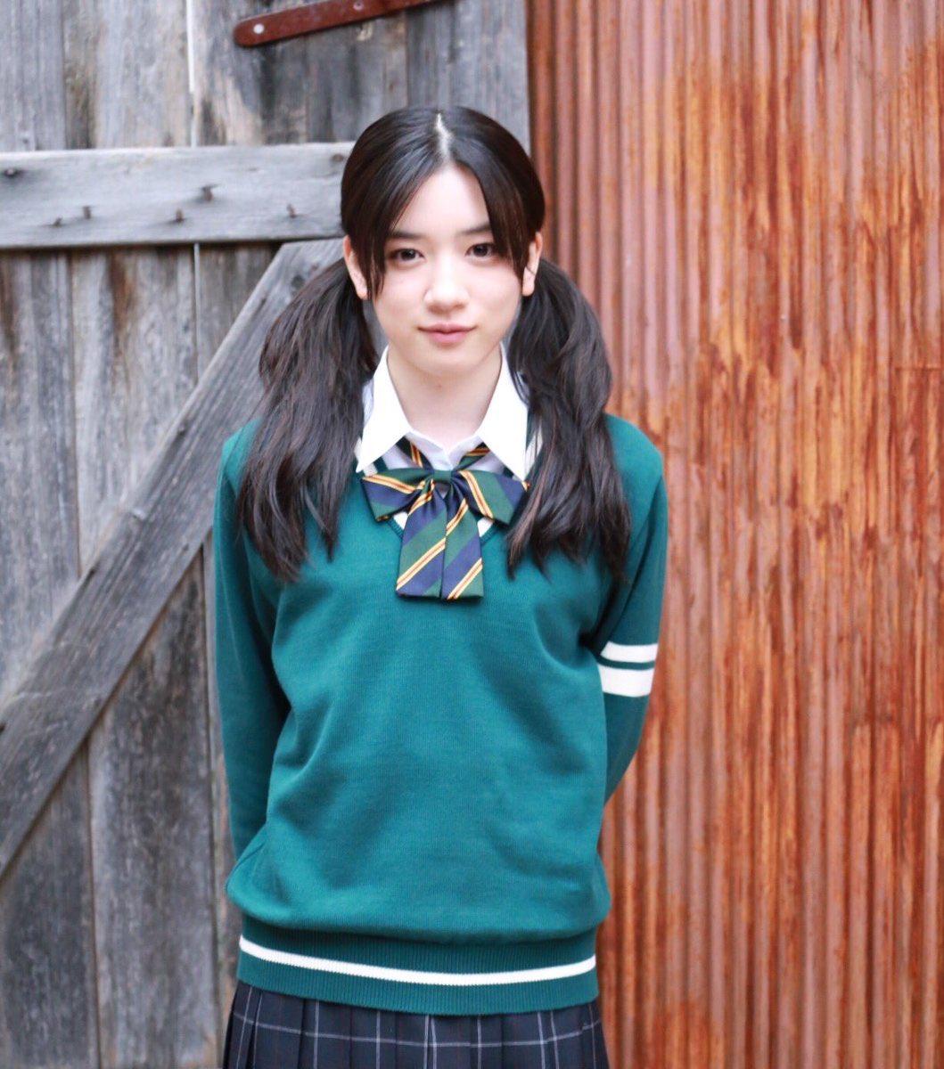 グリーン制服の永野芽郁