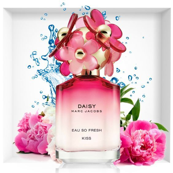To WIN! Happy Birthday to Marc Jacobs! We are giving away Daisy Eau So Fresh Kiss 75ml!