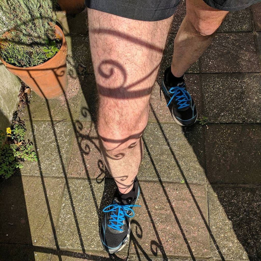 Save money on a tribal leg tattoo by standing behind your garden gate. https://t.co/DFJOruNBtA https://t.co/Ra9tBbAZLy