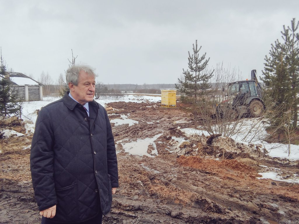В Октябрьском сельском поселении района. Газпром завершает монтажные работы газораспред.шкафа. Золотилово и Гаврилково ждут газ в этом году