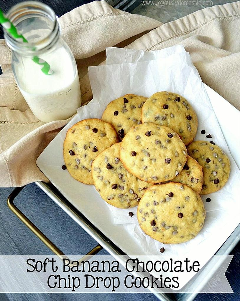 NEW on the blog. Cookie heaven.  http://www. joyouslydomestic.com/2017/03/soft-b anana-chocolate-chip-drop-cookies.html?m=1 &nbsp; …  #cookies #chocolate #recipes #food #baking #foodblogging <br>http://pic.twitter.com/5sVLZdshhR