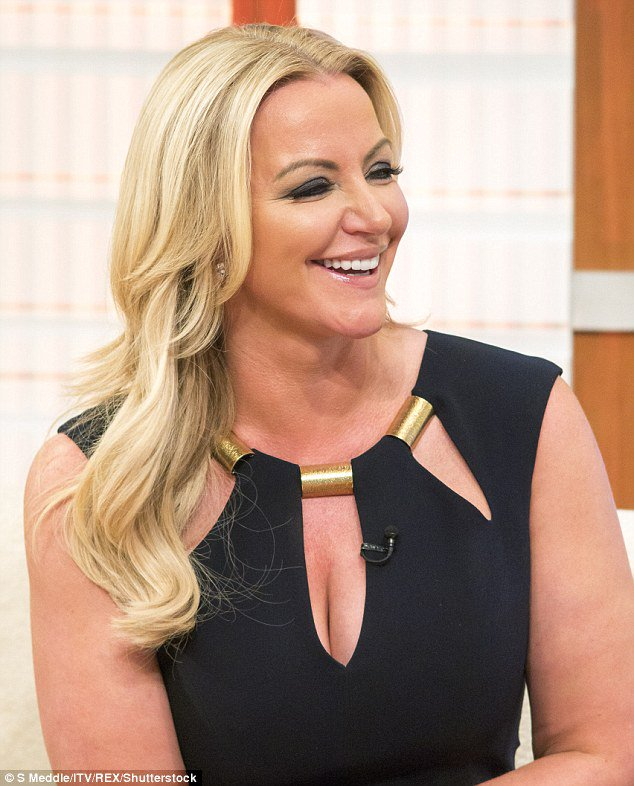 #Michelle Mone shocks GMB viewers with glam outfit -   http:// theheadlines.co.uk/michelle-mone- shocks-gmb-viewers-with-glam-outfit/ &nbsp; … <br>http://pic.twitter.com/8Po9T9SRLr