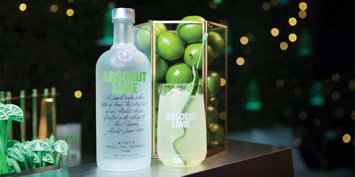 #Discover how @absolutvodka took over the #GRAMMYs to #promote their first #new #flavour in 4 years   http:// bit.ly/2o1Ju6O  &nbsp;  <br>http://pic.twitter.com/xN14g8cln4