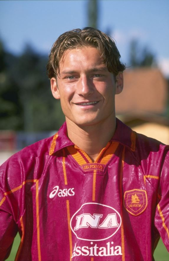 Francesco Totti made his Roma debut #OnThisDay in 1993 🙌  Today Il Gla...