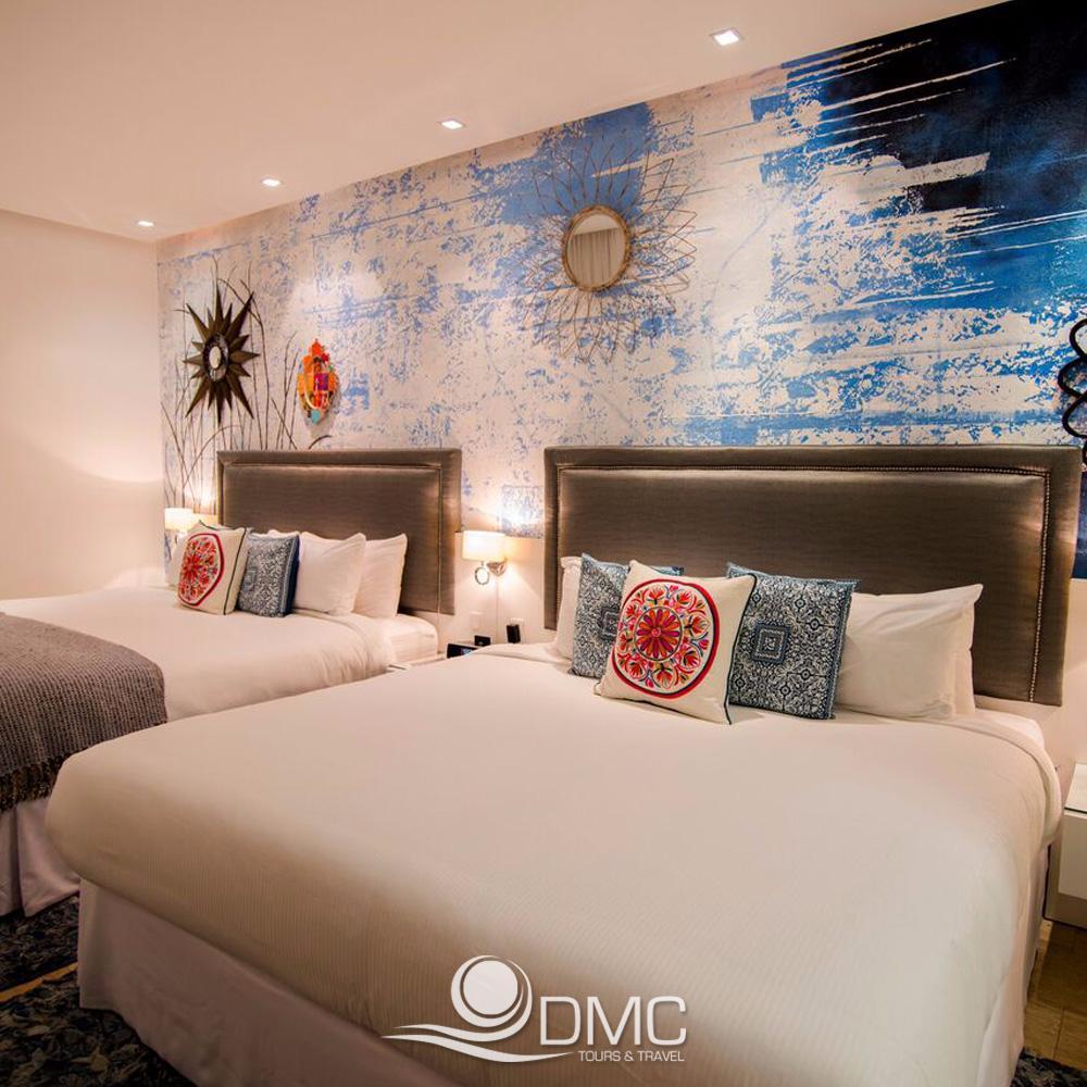 Colores, texturas y espacios que te harán vivir una experiencia de #Reyes. ¡Vive momentos increíbles en  @hotelisabellacatolica! <br>http://pic.twitter.com/7M3tCkMLFQ