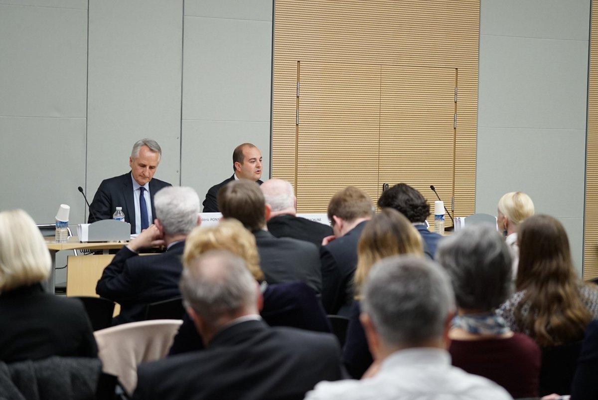 &quot;Nous exigerons de l'UE la levée des sanctions contre la #Russie. En cas de refus, nous les lèverons unilatéralement !&quot; #DialogueFrancoRusse<br>http://pic.twitter.com/k7sf0ISSlS