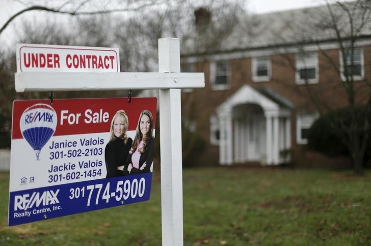 #Precios de casas en #EEUU suben más de lo esperado en #enero  http:// reut.rs/2nHUeqk  &nbsp;  <br>http://pic.twitter.com/HXPqe4exS4