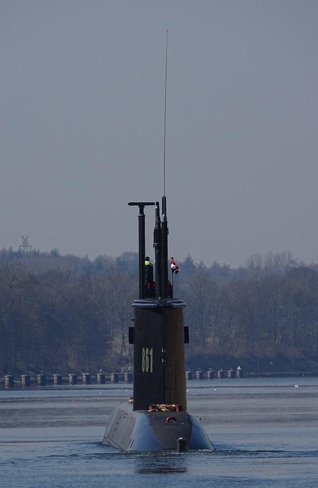 غداً ... رفع العلم المصري علي الغواصة Type 209/1400  وإعلان انضمامها للقوات البحرية المصرية  C8AzOZiW0AIBT5O