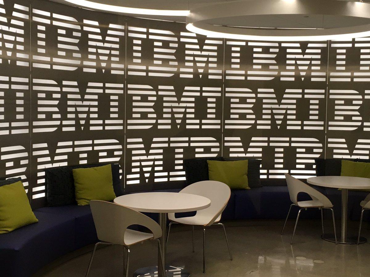 #IMALearnexIA #intelligence artificielle #deep learning merci@IBM Watson Expérience Center San Francisco !@IMAInnovMakers<br>http://pic.twitter.com/QvoNH0gYcM