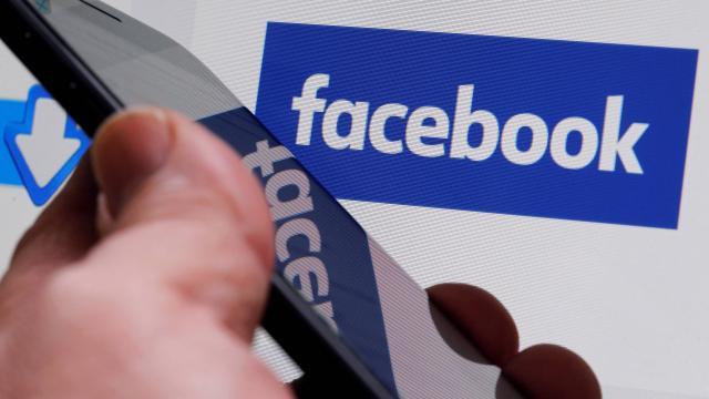 (OuestFrance.fr) #Facebook promet au #Pakistan de s'attaquer aux blasphèmes : Facebook..  https://www. titrespresse.com/31403571612/fa cebook-pakistan-promet-attaquer-blasphemes &nbsp; … <br>http://pic.twitter.com/az3Vp9KYIv