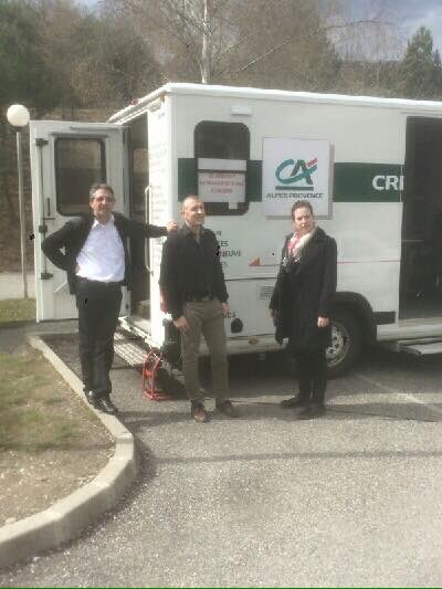 Journée portes ouvertes au Lycée Agricole des Emeyeres à #Gap Notre camion Banque était de la partie ! <br>http://pic.twitter.com/uJW96sWn51