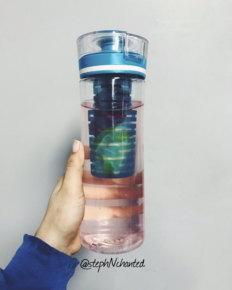 My water concoction for today: raspberries, black berries, and lime #hyrdrate #stayhydrated #water #h20 #waterbottle #fruit #fruitwater<br>http://pic.twitter.com/HR9iOHOu7w
