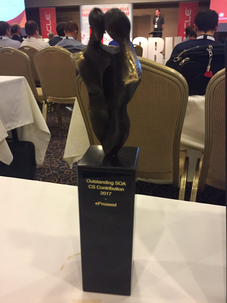 "Lonneke Dikmans on Twitter: ""Community award @eProseed for SOA SC  implementation. Cc @simon_haslam #PaaSForum… """