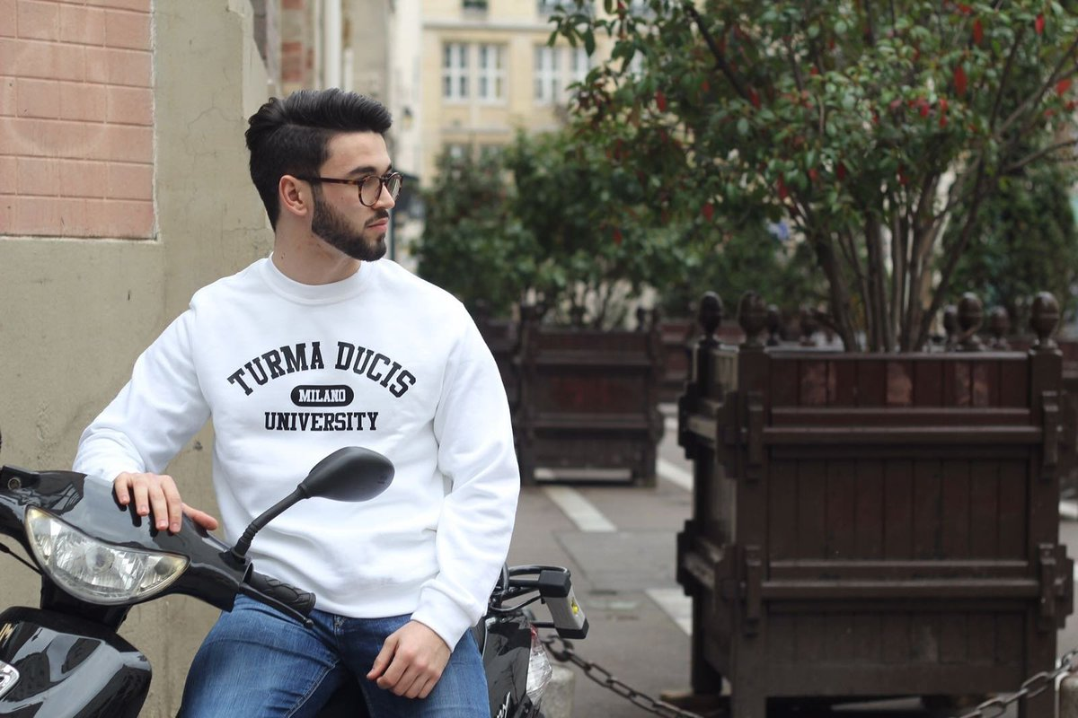 TURMA DUCIS collection &quot;University&quot; dispo sur  http://www. turmaducis.com  &nbsp;    #fashion #luxe #mode #homme #milano #style #tendance #inspiration <br>http://pic.twitter.com/Z2lpGpY5aY