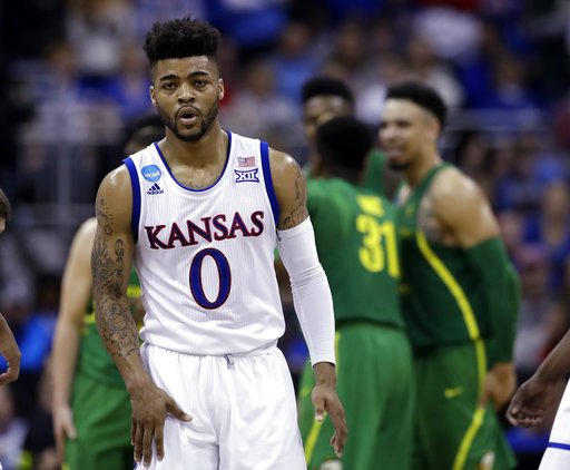 Frank Mason of @KUHoops unanimous pick for AP All-America team https:/...