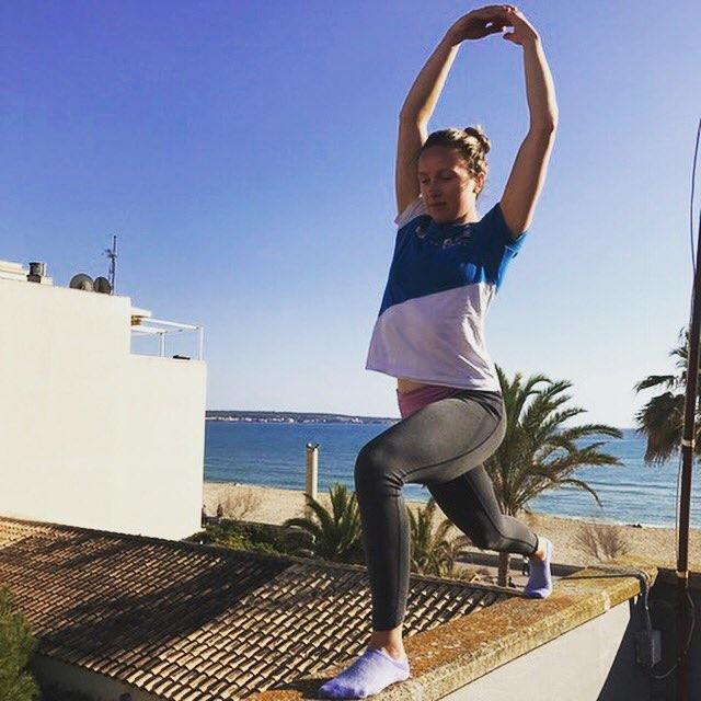 Post racing yoga with a view     @britishsailing #yoga #palma #canpastilla #windsurfing #racing #recovery #rooftop #sunshine<br>http://pic.twitter.com/8FRVVbq1tU