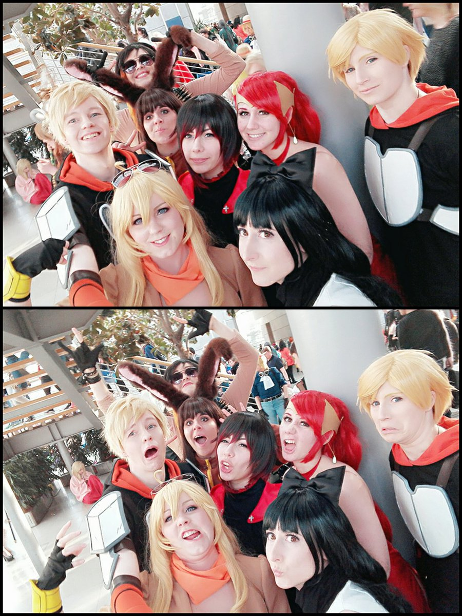 And even though we were to late for the #rwby meet up we could make a small group selfie @DeimosTurner @Prisoner619B (couldn&#39;t tag you)<br>http://pic.twitter.com/teUv3hvUn7