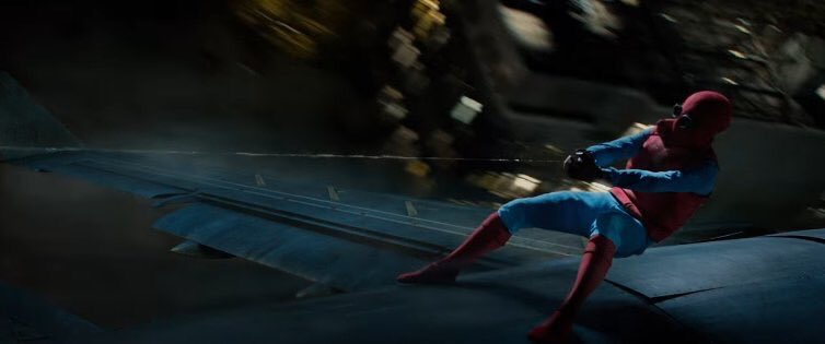 New Spider-Man preview looks very cool...and a little familiar. https:...