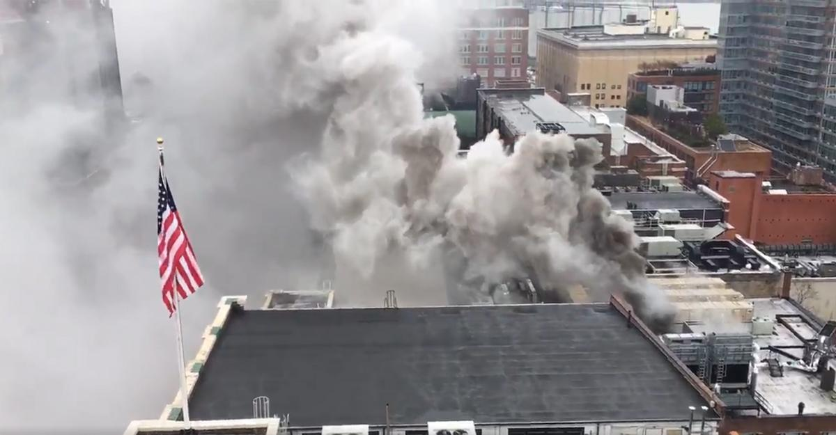 VIDEO: Chelsea Market roof fire forces evacuation of NY1 and other off...